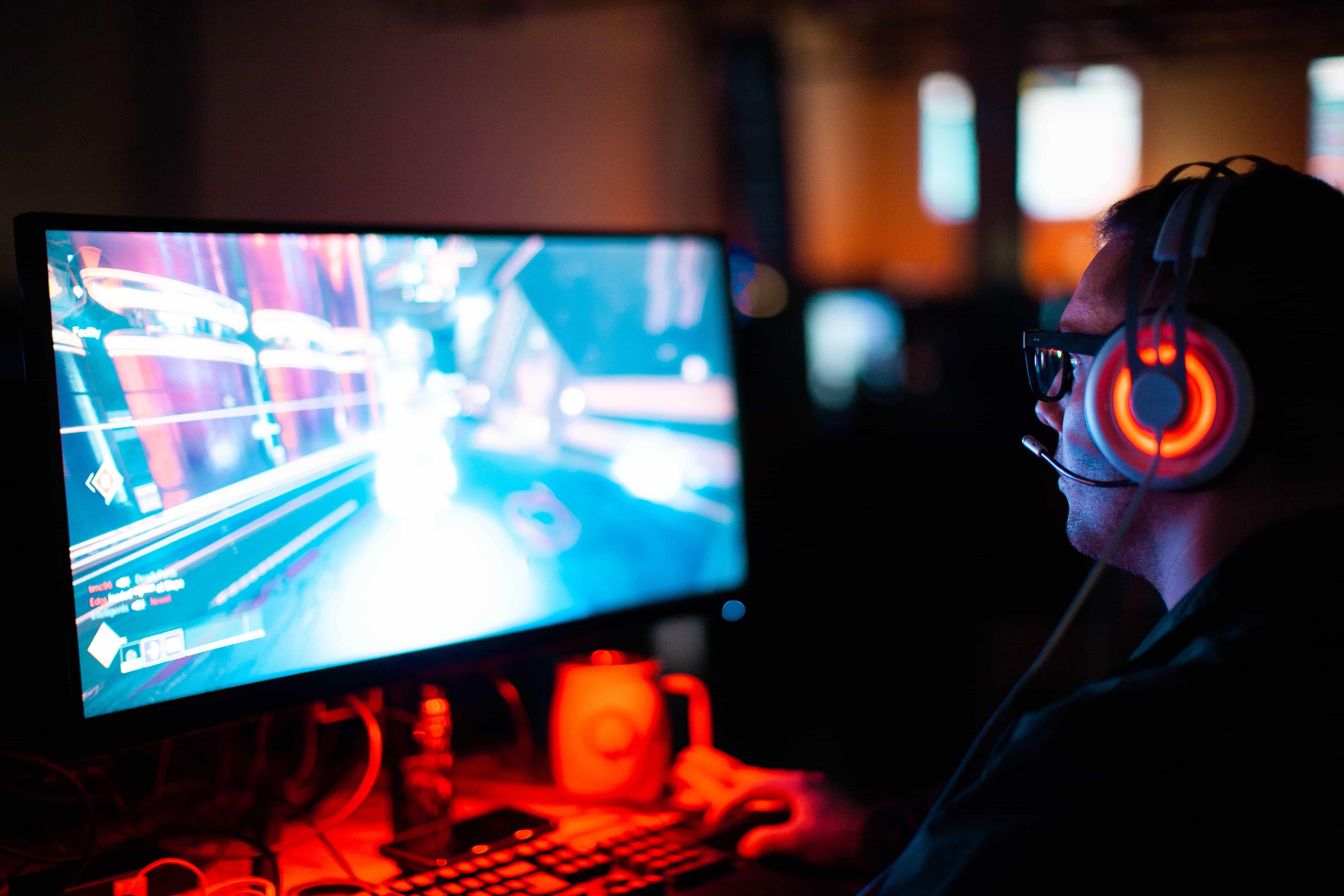 Gamer listen Legendary Gaming Soundtracks